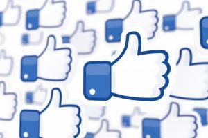 Daumen hoch für Facebook